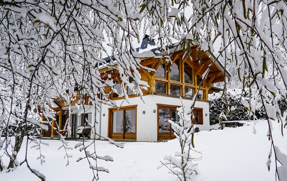 chalet-uxello-les-gets-winter-snow