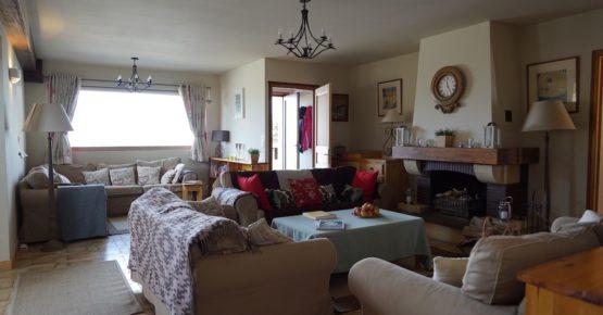 daytime-sitting-room